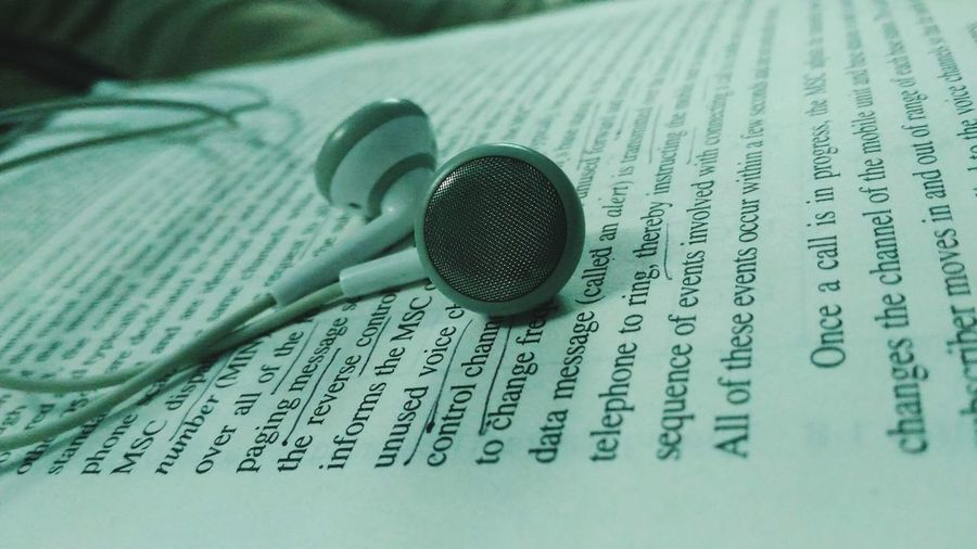 Books And Music Books Books ♥ Music Is My Life Music Time Music And Art Music And Studying Closeupshot Close-up Close Up Photography