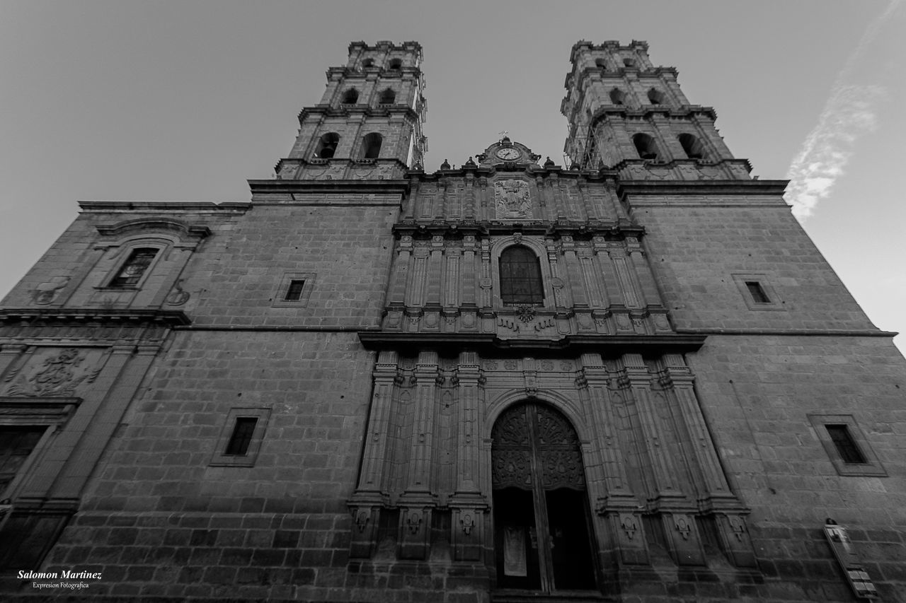 built structure, building exterior, architecture, low angle view, building, sky, place of worship, the past, belief, religion, history, spirituality, arch, no people, nature, travel destinations, facade, tower, gothic style