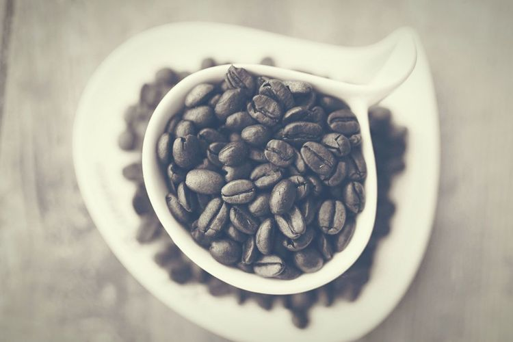 Coffee Coffee Photography Food And Drink Indoors  Freshness Bowl Food Close-up Still Life Table Healthy Eating Selective Focus Roasted Coffee Bean Abundance Coffee Bean Heap Large Group Of Objects Ready-to-eat Caffeine Indulgence