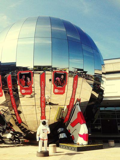 Planetarium Bristol Arquitecture Walking Around England