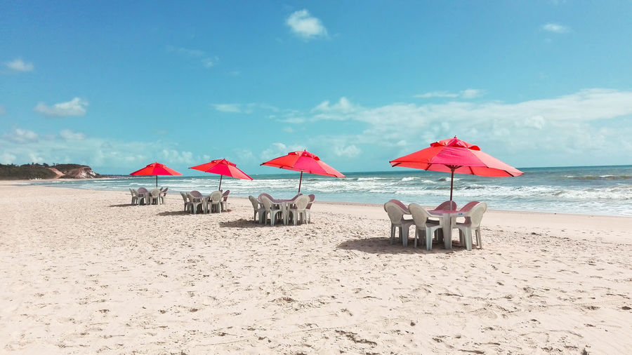 Beautiful scenery with beach and umbrellas, a fantastic place to spend your holidays.