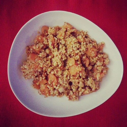 Bulgur Chickpeas Carrots Tomatosauce Moroccanspices Healthy Yummy Veggie We Saturdaynight Health Food Dinner