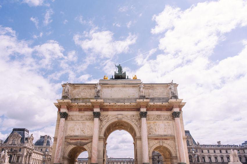 Arc de Triomphe du Carrousel Arc De Triomphe Architecture Architecture Cloud - Sky France France 🇫🇷 Lourve Paris Spring Statue Tourist Travel Triumphal Arch