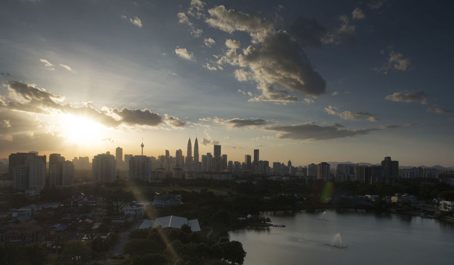 Sunset Kuala Lumpur city Architecture Asia Ci Atmospheric Mood Building City Cityscapes Cloud Cloud - Sky Clouds And Sky Dramatic Sky Kuala Lumpur Kuala Lumpur Malaysia  Kuala Lumpur Twin Towers Moody Sky Outdoors Overcast Sunset Travel Traveling Urban Landscape Landscapes With WhiteWall Battle Of The Cities