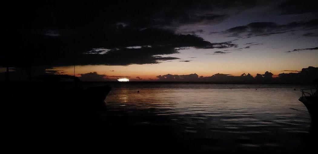 The Mobile Photographer - 2019 EyeEm Awards Water Sunset Illuminated Sea Reflection Sky Cloud - Sky Horizon Over Water The Great Outdoors - 2019 EyeEm Awards