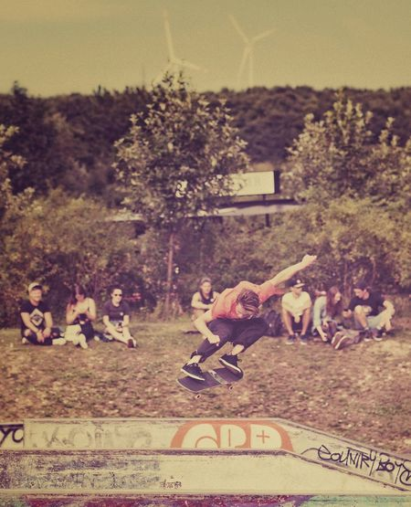 Transversal — MAinLoveWithFreedom and Big Boy Flying Across Transverse Skateboarding Skateboard Skateboard Park Skateboarder Skatelife Sports Sports Photography Outdoors Free Free People Freedom Live Your Spirit Live Your Dreams Live Just Live Good Times Quality Time Do What Makes You Happy  How I See People How I See The World — 08.07.2017 — #Goldgrund #Paderborn