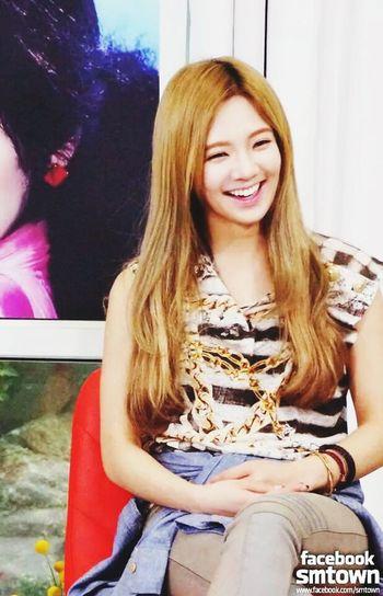 Hyoyeon SNSD Girls Generation SNSD Dancing Queen Korean Dancing Machine