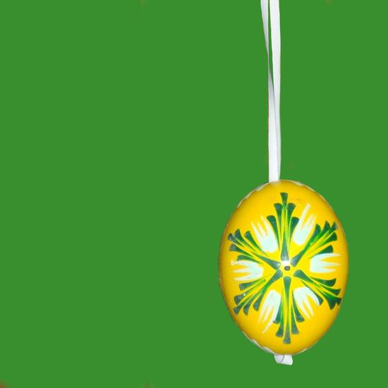 Easter Eggs Easter Easteregg Egg Decoration Decorations Decorative Craft Minimalism Minimal Minimalist Green Yellow Green And Yellow  Mono Background Lent Traditional Tradition Bright Colorful Colors Two Colours Easter Ready Colour Of Life Lieblingsteil Paint The Town Yellow