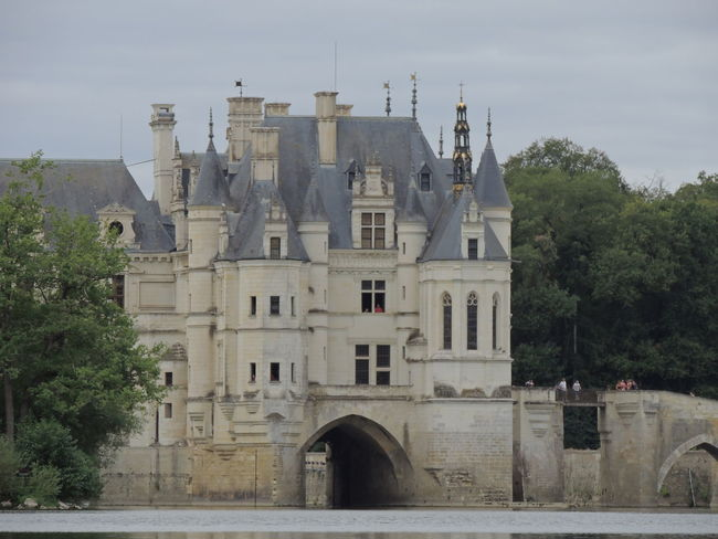 Chenonceau Chenonceaux Chenonceau Castle Loire Built Structure Architecture Building Exterior Building Tree Sky Nature No People Plant The Past Residential District History Day Water Transportation Outdoors Arch City House