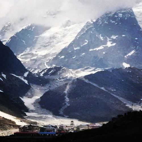 Hindustan_times Valley of Lord Kedarnath Mobile_click