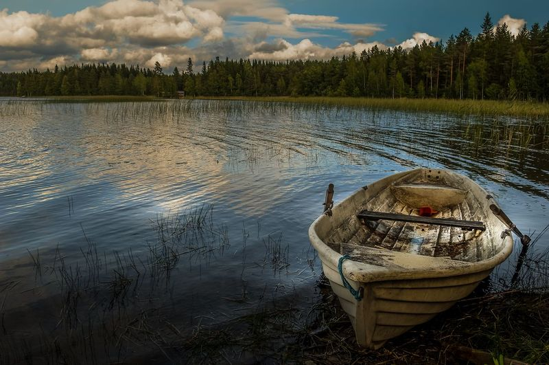 the lonely boat... EyeEm Market © Eyeem Marketplace Finland Finland♥ Lakeview Landscape Dreamscapes Landscape Photography Nature Collection Photo Shoot Photography In Motion Scandinavia Boats And Water Eyeem Photography Eyeem Photo Color Eyeem Best Shots Eyeem Gallery Finland_photolovers Lake View Lakeside Landscape #Nature #photography Landscape Nature Photography Nature Beauty Nature Is Art Nature Lover Photography #photo #photos #pic #pics #tagsforlikes #picture #pictures #snapshot #art #beautiful #instagood #picoftheday #photooftheday #color #all_shots #exposure #composition #focus #capture #moment Photography By Me Reflections In The Water Water Surface Summer Sports