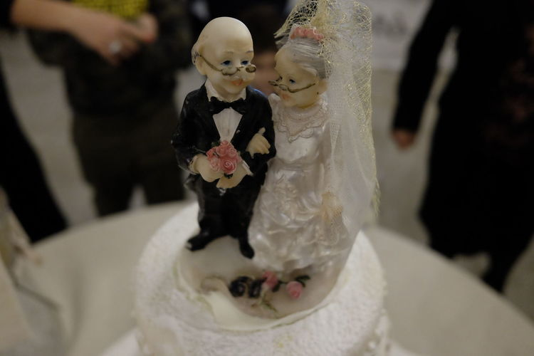elderly puppets on the cake Close-up Concept Day Dessert Figurine  Figurine  Food Food And Drink Freshness Human Representation Indoors  Sweet Food Wedding Wedding Anniversary Wedding Cake Wedding Cake Figurine