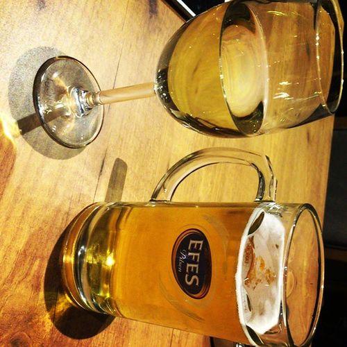 Efes İçen Arkadaşlara Sahip Çıkalım Istanbul Bira Barda Icilir Beer