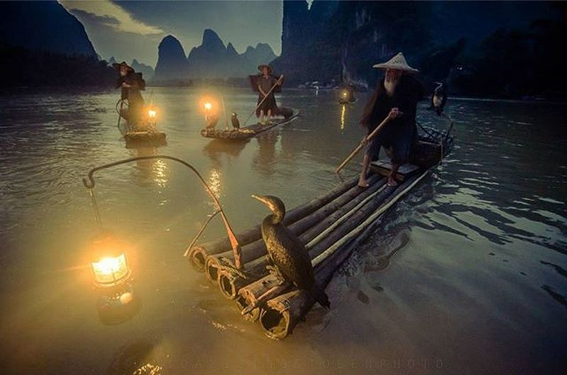 Still demam gambar GUILIN 💆. Travelgram Travel Traveler Traveling Fotorewang Photographysouls Photo Rarecation China Guilin Yangshuo Humainterest Humatinterestphotogrpahy Friends Wpo Hipaae Instagood Night Natgeotravel Fotorewang Photosociety WORKHARD Teamwork