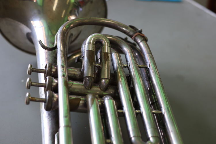 Baritone instrument Marching machine is made of beautiful silver plated brass. EyeEm Best Shots Old Vintage Wind Instrument Water Brewery Distillation Shiny Music Metal Craft Beer Close-up Brass Weathered Discarded Rusty Peeling Off Bad Condition Deterioration Latch Run-down Civilization Door Knocker Worn Out Brushed Metal Marching Band Brass Instrument  Saxophone Jazz Music Trumpet
