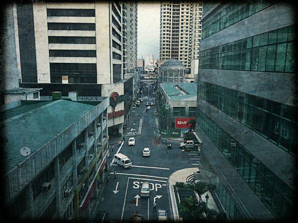 Somewhere in Edsa Taking Photos City Life Metropolis Manila, Philippines Walking Around