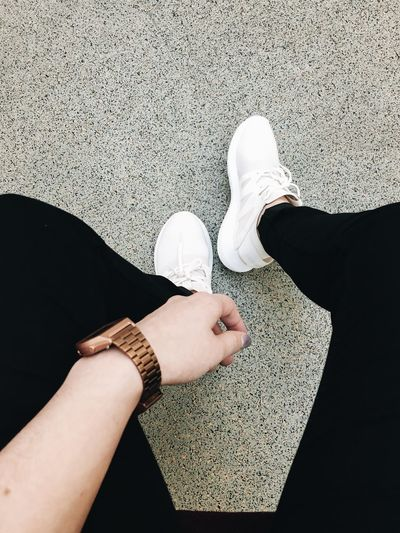 Stylin' ✌🏻️ Hanging Out Style Sneakers Floortraits Watch Aesthetics Minimalism Check This Out