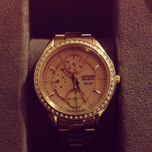 Early Christmas Present from my mommy. ??? Citizen Ecodrive watch gorgeous inlove