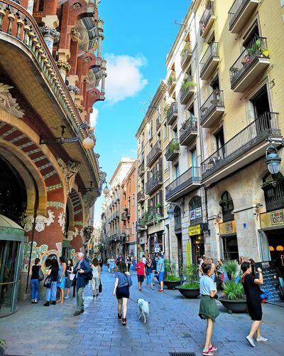 Barcelona City Men City Life Sky Architecture Building Exterior Built Structure Old Town TOWNSCAPE Place Of Interest