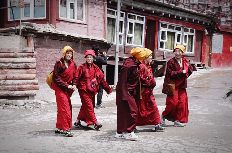 The Street Photographer - 2016 EyeEm Awards Tibet Buddha Lalung Gar Travel Red Streetlife StreetLife_Award Streetlifestyle EyeEm Best Shots
