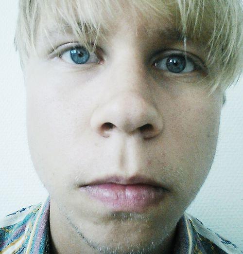 Blue eyes Selfportrait Ego Shots