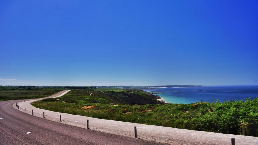 Road Road Trip Coast Bretagne Seaside Sea And Sky Sea View Blue Sky Bluesky Sunny Sunny☀ Sunnyday☀️ Relaxing Beach Photography Seascape Peace And Quiet Sony NEX Summer ☀ Lovely Weather Colours Beautiful ♥ Waves, Ocean, Nature Colourful Lonely Waiting For You