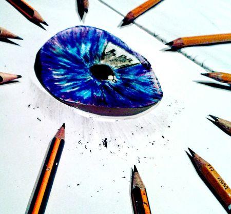 :3 Eye ✏