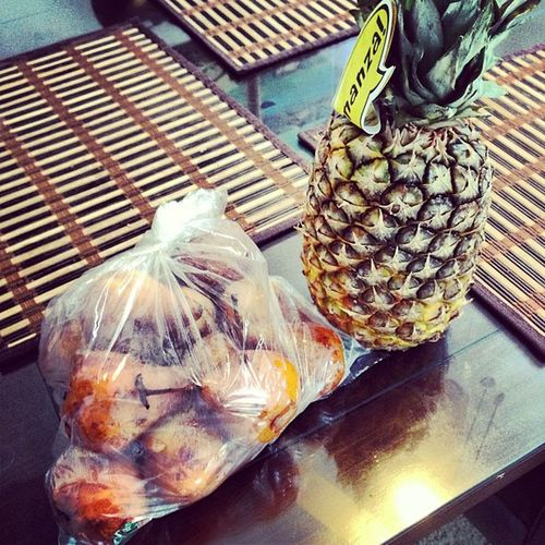 Only in Cali I can come up on a Pineapple and some Asian pears from a Mexican..when I'm taking out the trash.. Bouttogoin