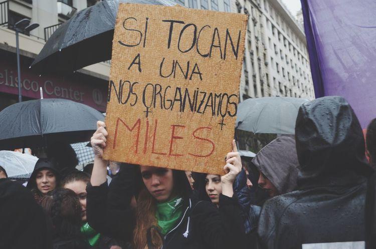 19/10 NiUnaMenos Niunamenos Argentina Obelisco Rainy Days MiercolesNegro Vivasnosqueremos