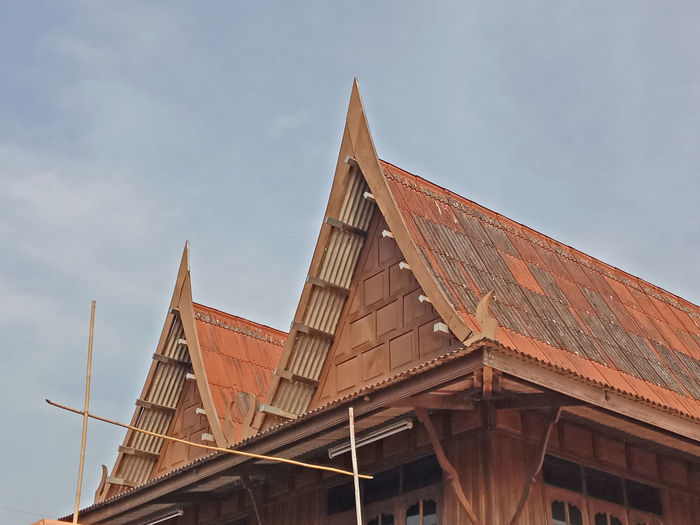 Classic Home Road Thai Architecture Art Building Exterior Built Structure Countryside Cultures Day House Low Angle View No People Outdoors Sky Style Traditional