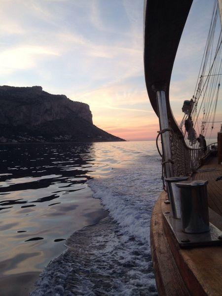 A pelo d'acqua. Starting A Trip Going Sailing Palermo Shooting Palermo