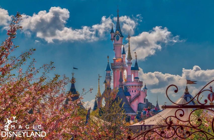 Architecture Sky Cloud - Sky Disneylandhotel Travel Destinations Disneyland Resort Paris Disneylandparis Disney Disneyland Paris Waltdisney Disneyland Beauty In Nature