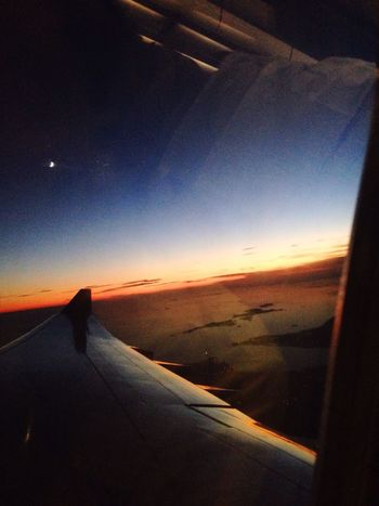 🌇From South Korean Incheon International Airport to Japan's Kansai Airport.✈️