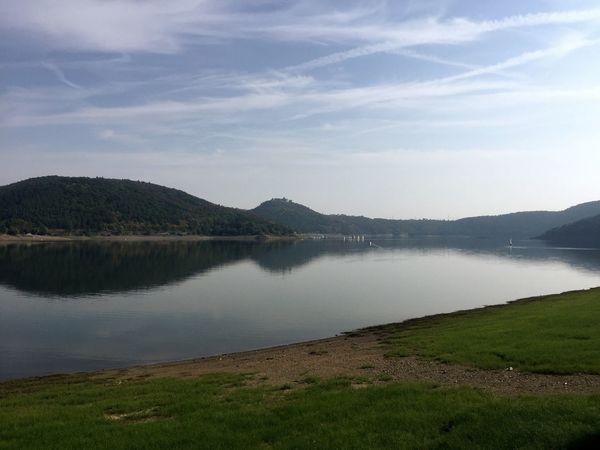 После двух вело-путешествий всем сердцем полюбила Германию! Ее пейзажи восхищают! Nature Scenics Tranquility Mountain Tranquil Scene Beauty In Nature Water Landscape Sky Lake No People Grass Outdoors Mountain Range Day Germany