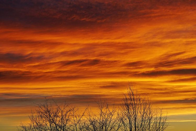 Sunset Sky Cloud - Sky Orange Color Beauty In Nature Scenics - Nature Dramatic Sky Nature Dusk Cloudscape Weather