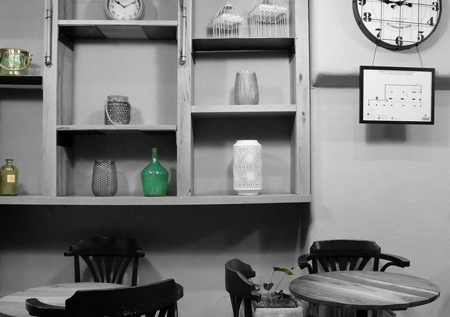Eclectic Eclectic_bnw Camera Canon Morning Light Pottery Pot Pottery Art Pottery Passion Canonphotography Canon_photos Wood - Material Shades Wood Wooden Shades Of Grey Clock Caffè Places Urban Esthetic Aesthetics Colors Colorsplash Colorsplash_theworld No People Indoors  Shelf Architecture Day