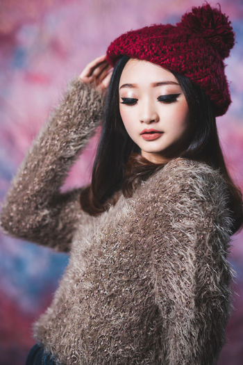 Merry Christmas EYEEM :) Lovely model in studio Xmas concept :) Winter Clothing Warm Clothing Fur One Person Hat Coat Fur Coat Women Young Adult Young Women Cold Temperature Portrait Fashion Beauty Beautiful Woman Hair Looking Away Front View Hairstyle Fur Hat