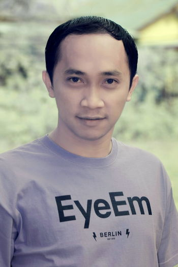 Thank you for the very cool Jersey, EyeEm HQ Berlin! O(≧∇≦)O That's Me Portrait Cheese! EyeEm Indonesia