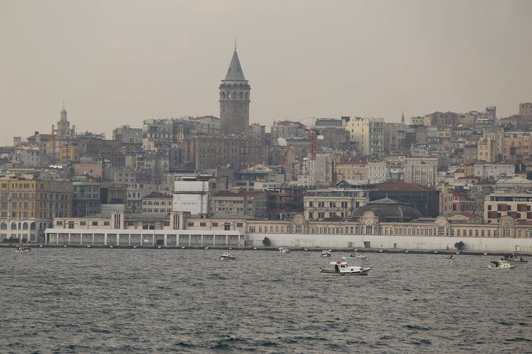 Galatatower Istanbulgalatakulesi Tower Taking Photos Cityscape Istanbul City Canonphotography Canon6d On The Sea Canon 70-200 F2.8 L IS-II