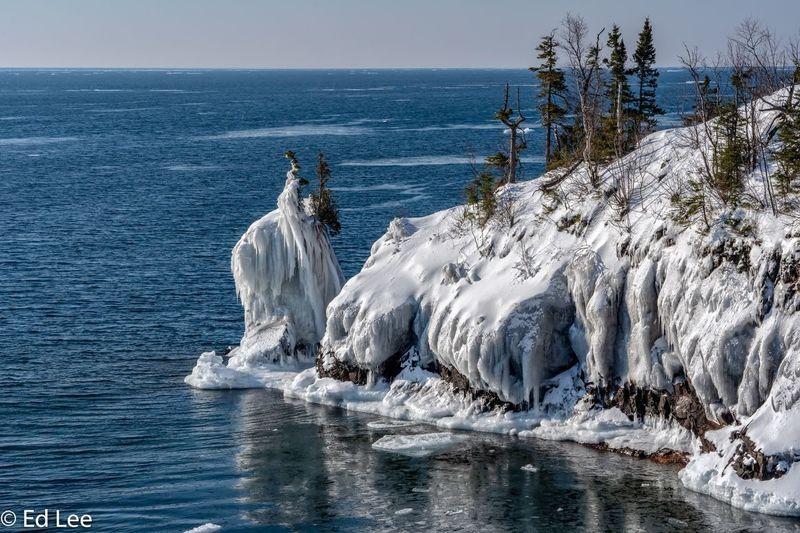Tettegouche on Tuesday Malephotographerofthemonth Lake Superior Ice Minnesota