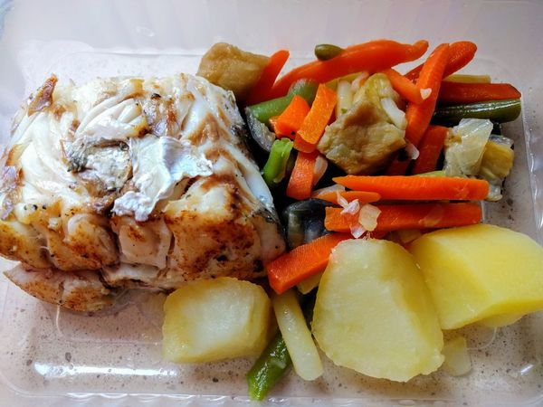 Close-up Day Fast Food Fish Food Food And Drink Freshness Healthy Eating Indoors  Merluza  No People Patata Plate Ready-to-eat Vegetable Verduras
