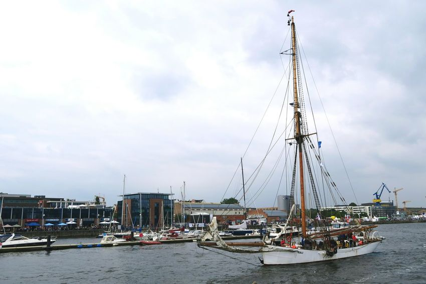 Hansesail in Warnemuende and Rostock 2016. Sailing boats from all over world meeting here for that yearly event. Boat Cloud - Sky Day HanseSail Hansesail 2016 Harbor Harbor Harbor View Mast Nautical Vessel Outdoors Rostock Rostock 2016 Rostocker Hafen Rostocker Stadthafen Sailing Sailing Boat Sailing Boats Sailing Ship Sky Water