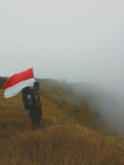 Merdeka!!!.... puncak kembang EyeEm Indonesia Explorewonosobo The Week Of Eyeem Holiday POV Creative Light And Shadow Quality Time EyeEm Best Shots The Great Outdoors - 2015 EyeEm Awards Taking Photos Wonosobo
