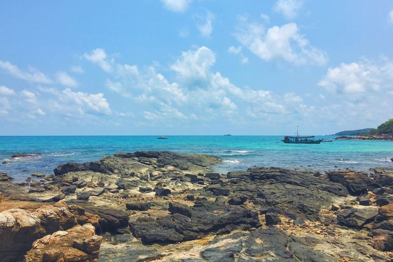 Hello World Check This Out Beach Beachphotography Beauty In Nature Sea Sand Sky Samed Island Thailand Vacation Enjoying Life IPhoneography Mobilephotography