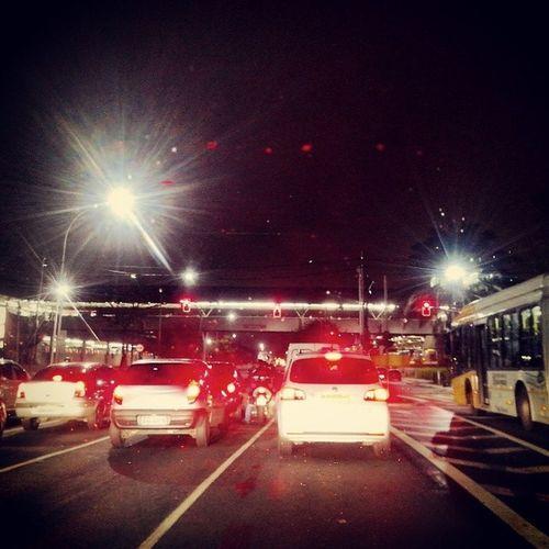 Madruga, frio e a Radial Movimentada. Metro Carrão. Vivatatuape Guiavivatatuape RadialLeste Tatuape analiafranco
