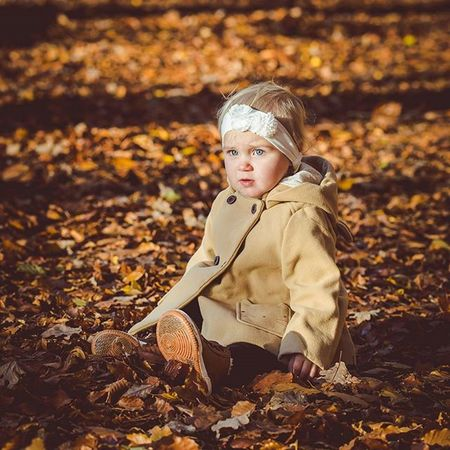 Little Girl Portrait Family Kids Child Cute Love Inselfotograf Autumn Canon EOS 6D