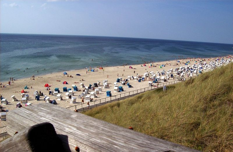 Sea Large Group Of People Horizon Over Water Outdoors Nature Beach Day Vacations People Sylt Sylt Strand Seascape Seaside Meer Nordsee Nordseeküste Summertime North Sea Tourist Destination Beachlife Urlaub Holidays Landscape Westerland Betterlandscapes