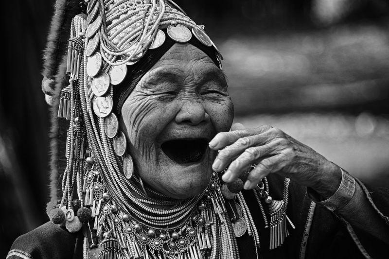 laugh loud,