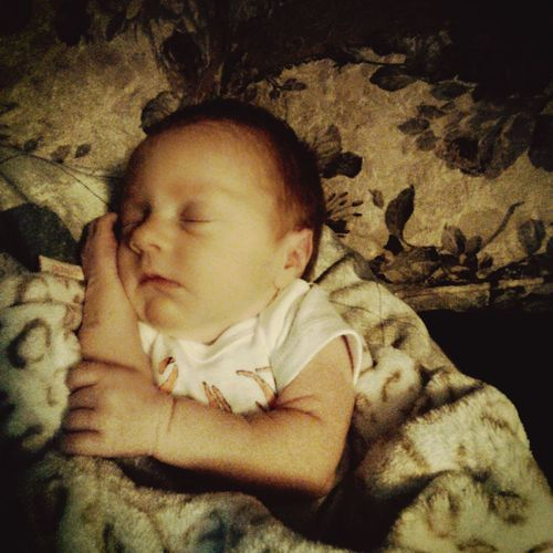My Beautiful Daughter Jaida 3 Weeks Old Babygirl