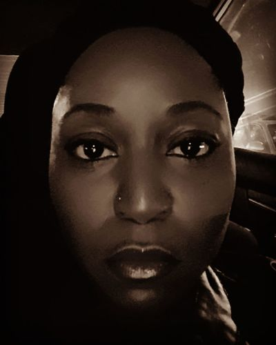 Only Women One Woman Only Looking At Camera Human Body Part One Young Woman Only Portrait Human Face Young Adult One Person Young Women Women Witch Black Background Human Eye Beautiful Woman Natural Beauty Georgeous Eyes Big Eyes Model Black Beauty Gorgeous ♥ Looking At Camera MODELING<3 Close-up Headwraps Welcome To Black
